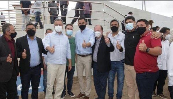 Rui, Leão e Wagner entregam Policlínica Regional em Itaberaba